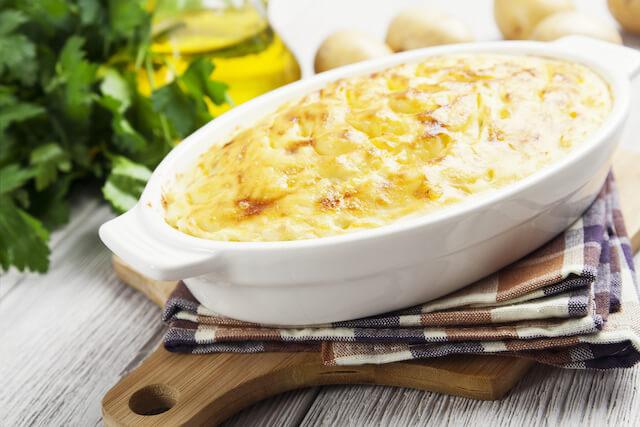 Zapekaná zemiaková kaša so syrom