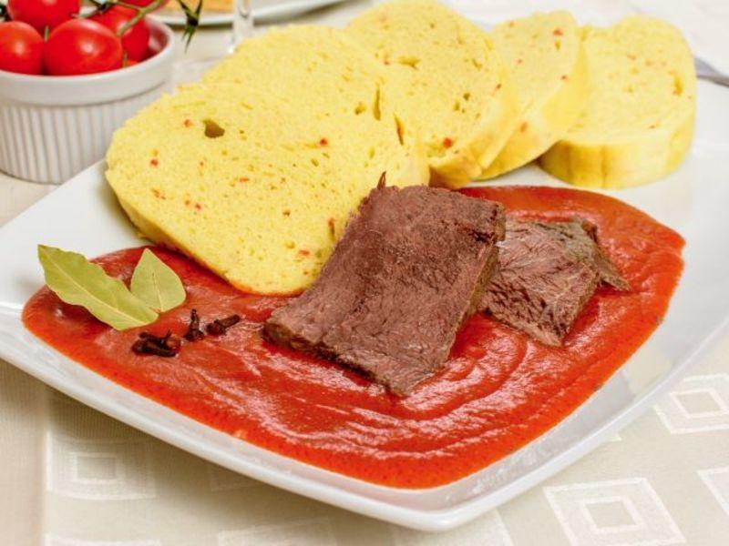 Hovädzie mäso s paradajkovou omáčkou
